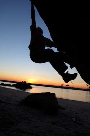 Quick trip down to Pirate's Cove for some bouldering.  All the climbing shots are of Andy.
